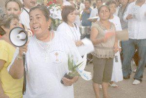 immigration 300x201 300x201 - PHOENIX PARISHIONER AMONG LEADERS OF VIGIL EFFORT TO DEFEAT ARIZONA'S NEW IMMIGRATION LAW
