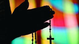images prayer 260x146 - MAN PRAYS ROSARY AT OKLAHOMA CHURCH