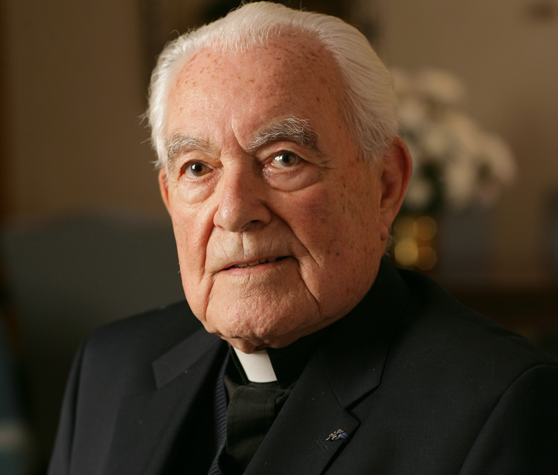 Father Theodore Hesburgh, higher education leader, diplomat, dies at 97