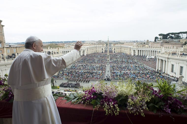 Humility is key to understanding Easter, sharing its joy, pope says