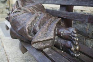 20150825cnsbr0258 1 1 300x200 - 'Homeless Jesus' pictured in photo of seven-foot-long bronze sculpture in Washington