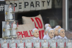 20150831cnsbr0292 1 300x200 - Pope Francis figurines are seen in window display at store along street in Philadelphia