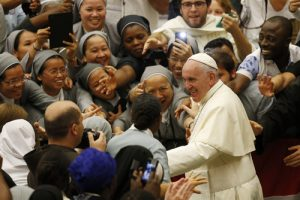 20150917cnsbr0730 1 300x200 - Pope Francis leaves audience with religious from around the world at Vatican