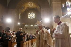 20150923cnsnw00147 1 300x199 - Pope Francis meets with U.S. bishops in Cathedral of St. Matthew the Apostle in Washington
