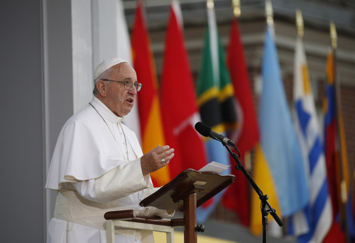 'Let freedom ring!' Respect for rights helps society, pope says