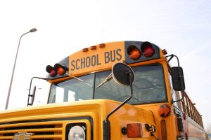 schoolbus 1493014 1 300x200 - schoolbus-1493014