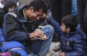 20151120T1330 468 CNS LEADERS SYRIAN REFUGEES 1 1 300x193 -