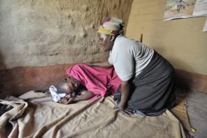 20151201T1021 705 CNS SECAM AIDS 300x200 - AIDS MALAWI CARE WORKER