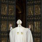 20151208T0638 248 CNS POPE MERCY DOOR 150x150 - HOLY DOOR VATICAN
