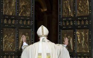 20151208T0638 248 CNS POPE MERCY DOOR 500x315 300x189 - HOLY DOOR VATICAN