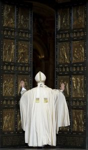 20151208T0638 248 CNS POPE MERCY DOOR 599x1024 175x300 - HOLY DOOR VATICAN