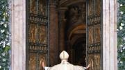 20151208T0705 255 CNS POPE MERCY DOOR 180x101 - HOLY DOOR VATICAN