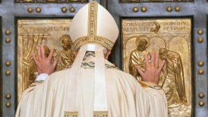 20151208T0717 259 CNS POPE MERCY DOOR1 373x210 300x169 - HOLY DOOR VATICAN