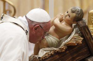 20151224T1244 006 CNS POPE CHRISTMAS 1 300x196 - CHRISTMAS EVE VATICAN