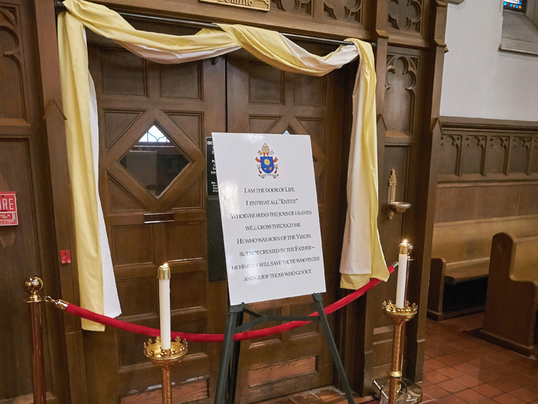 Cathedral Holy Door sealed, will be opened Dec. 13