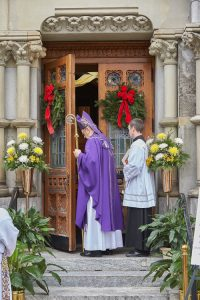 O7U0392 1 200x300 - Holy Door