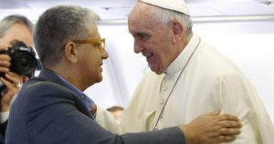 20160111T1024 1386 CNS POPE MERCY INTERVIEW 600x315 300x158 - FILE TORNIELLI POPE FRANCIS