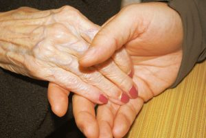 holding hands 300x201 - holding_hands