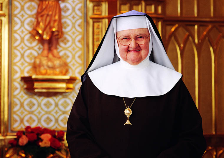 Mother Angelica, founder of EWTN, dies after long illness