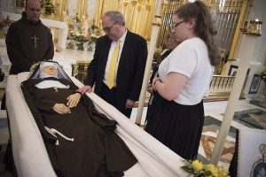 20160401T1416 2499 CNS MOTHER ANGELICA FUNERAL 300x200 300x200 - 20160401T1416-2499-CNS-MOTHER-ANGELICA-FUNERAL-300x200