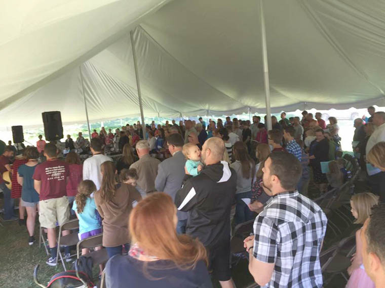 Tent revival refreshes souls in Cicero, Central Square