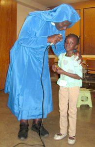 VBS Sister and Adau Dut 1 1 195x300 - Vacation Bible School dramatizes mercy, forgiveness