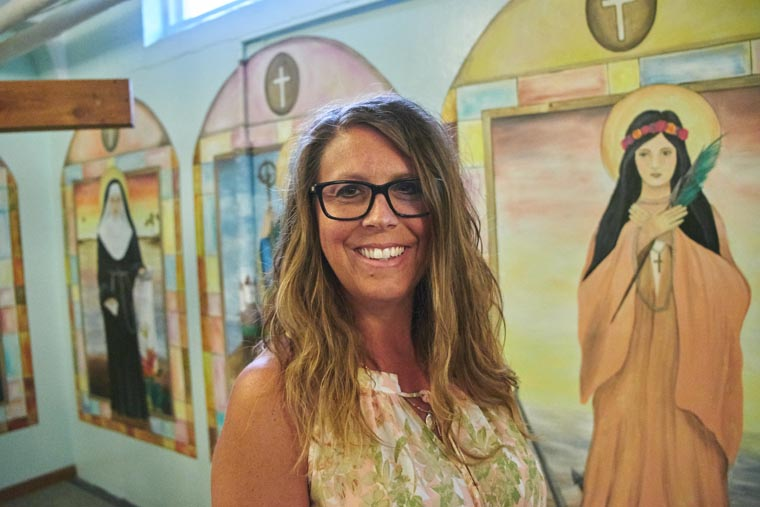 Ludden art teacher creates mural for Jordan church