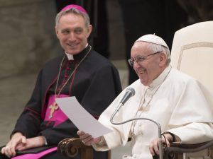 20170215T0904 7957 CNS POPE AUDIENCE HOPE 300x225 - POPE FRANCIS AUDIENCE