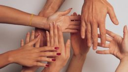 hands 1517047 freeimages 260x146 - hands-1517047-freeimages-260x146
