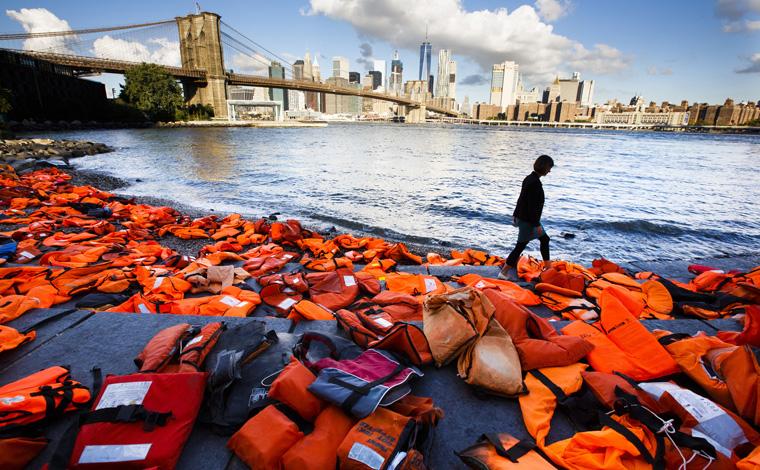 U.S. Catholics asked 'to accompany' migrants, refugees seeking better life