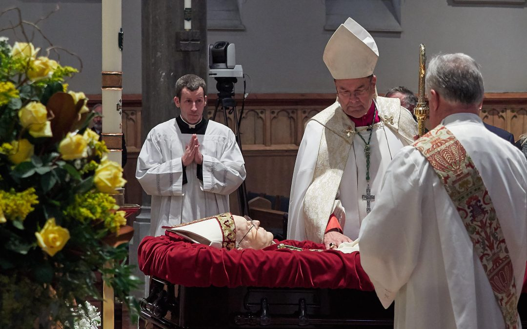 Bishop Moynihan's body received at Cathedral