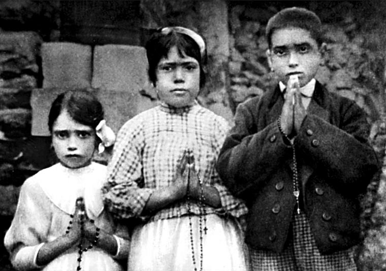 Pope to canonize Fatima seers May 13; October date for other saints