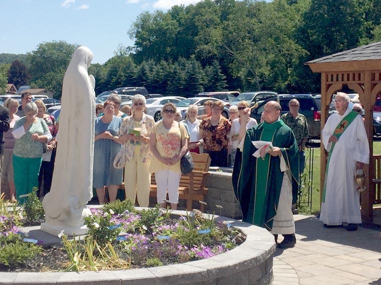 Marian Memorial Garden dedicated in Greene