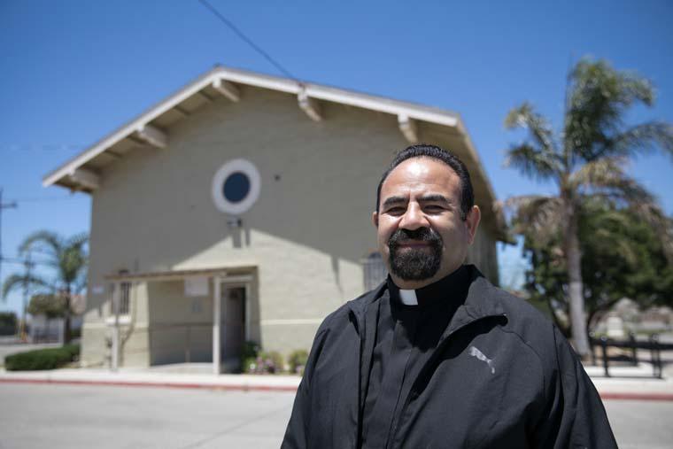 California pastor of immigrant parish honored with Lumen Christi Award