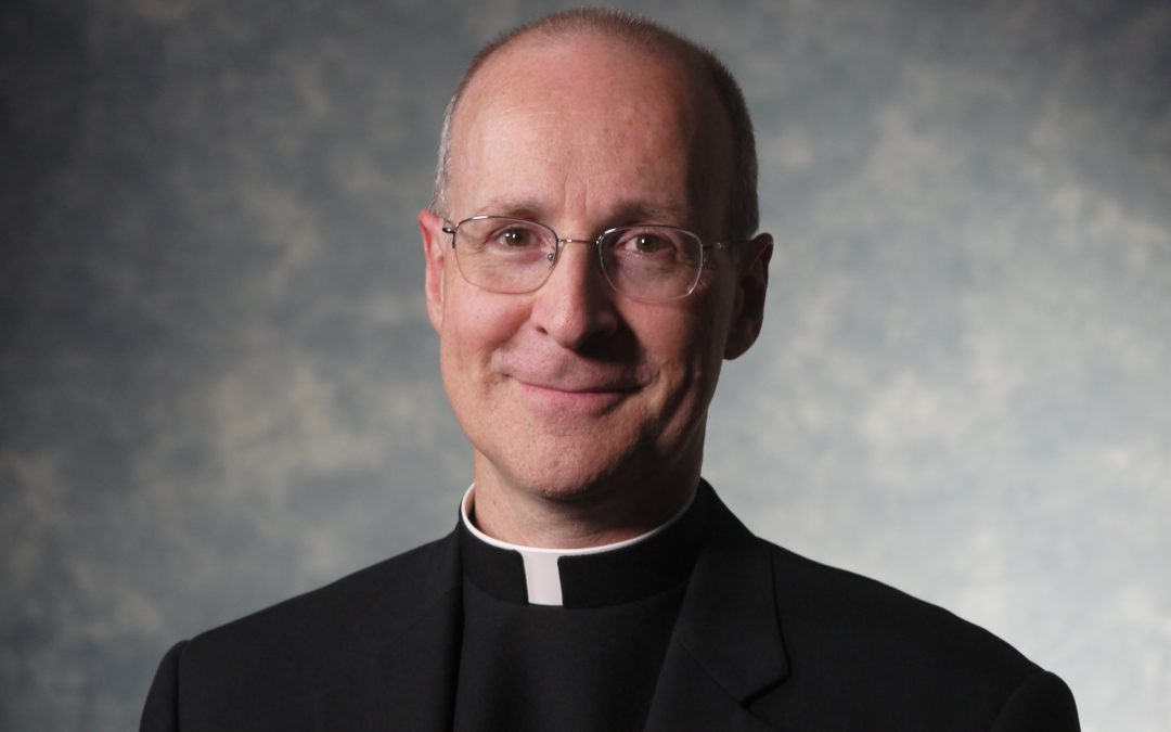 Bishop defends Jesuit priest after seminary withdraws invitation