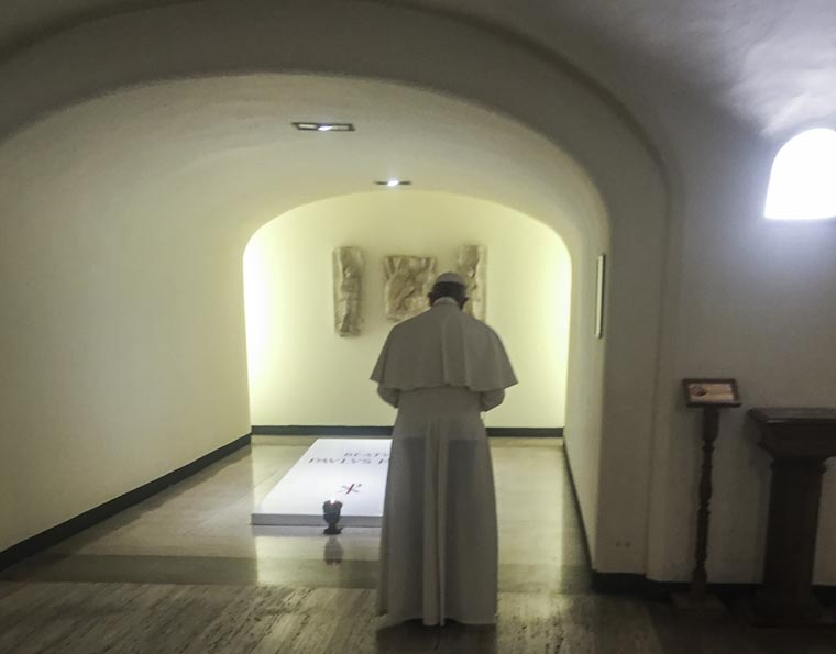 Pope urges Christians to think about what they say in the Our Father