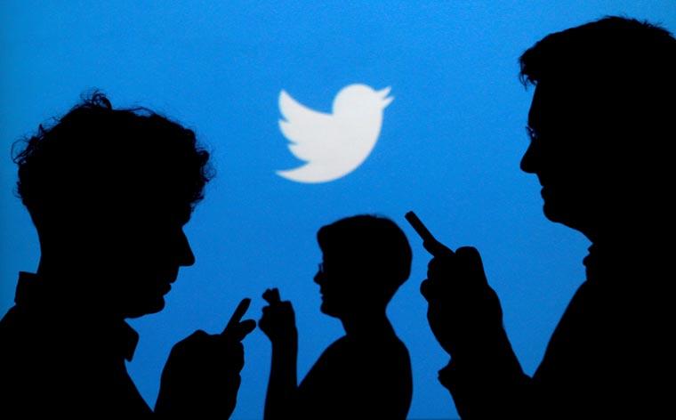 Pope tops 40 million followers on Twitter, 5 million on Instagram