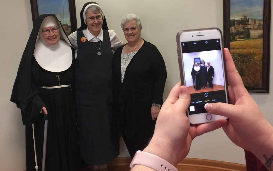 Sisters take to social to evangelize