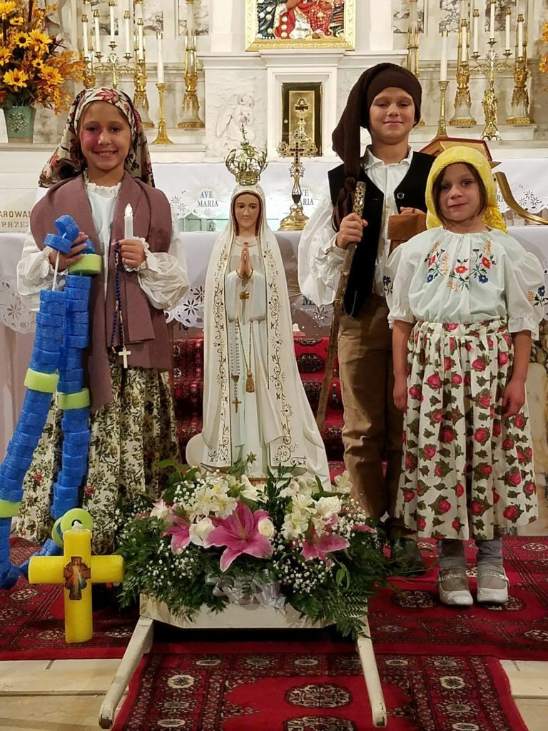 page 6 Fatima 10 19 17 1 768x1024 - Utica church honors Our Lady of Fatima