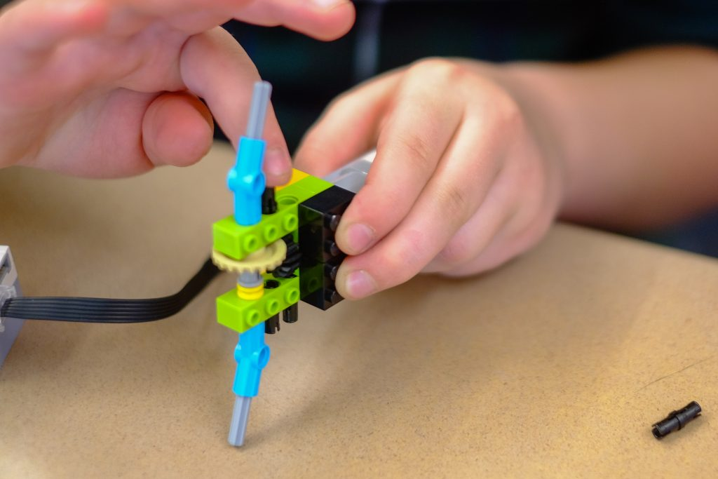 STEM StJames 1030 1024x683 - Lockheed Martin engineers bring Lego WeDo to St. James School
