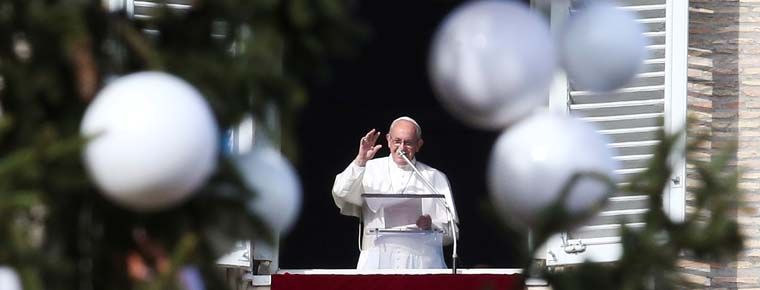 Advent is time to identify sin, help the poor, see beauty, pope says