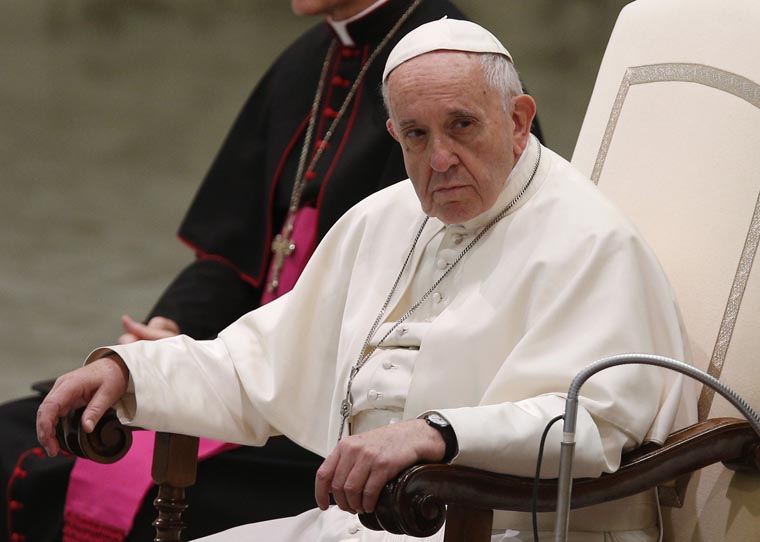 Don't hold grudges; forgiveness comes from forgiving others, pope says