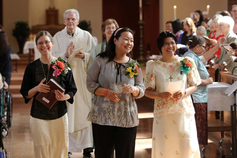 Men and women religious called 'witnesses' to light of Christ in world