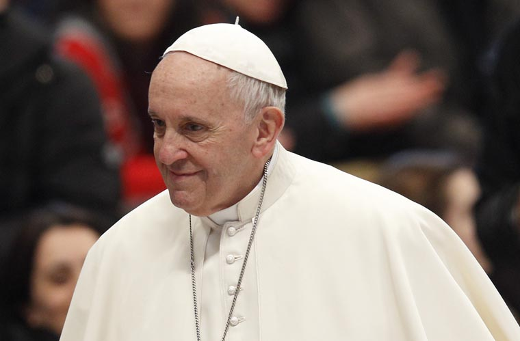Pope: At Mass, God accepts humble gifts, gives abundantly in return
