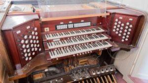 Skinner Organ Opus 669 console 373x210 300x169 - Skinner-Organ-Opus-669-console-373x210