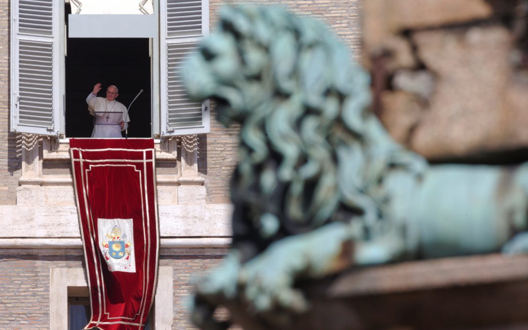 Christ is victorious over all that divides people, pope says
