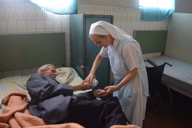 As economic crisis drags on, Venezuelan nuns forced to turn away elderly