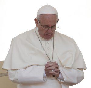 20180411T1500 16673 CNS POPE CHILE 2 300x291 - POPE PRAYS