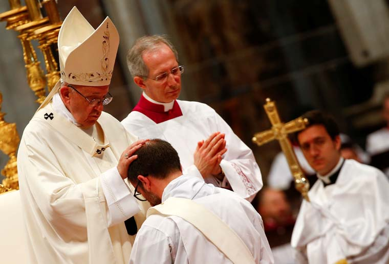 Ordaining new priests, pope asks them to be merciful