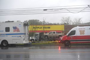 20180423T1642 0462 CNS USA TENNESSEE 1 300x200 - TENNESSEE WAFFLE HOUSE SUSPECT
